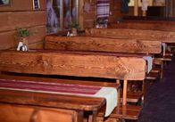 Деревянная мебель из Житомира в интерьере ресторана на курорте Буковель