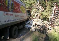Після зіткнення з «фурою» та трактором, у водія «Запорожця» шансів вижити не лишилося