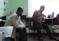 У військовому шпиталі Житомира поранені солдати гріються конвекторами та теплими речами, бо не працює опалення. Відео