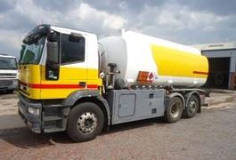 Автобаза санітарного транспорту облради накупить на мільйони гривень пального у житомирської нафтобази