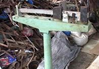 Докотилися: у селах Житомиської області люди один в одного крадуть металеві предмети