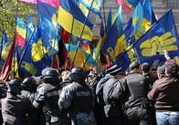 """Сьогодні біля входу до Житнього ринку житомирська """"Свобода"""" покаже театральну виставу..."""