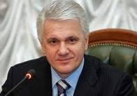 Володимир Литвин погодився стати хрещеним батьком житомирських дітей