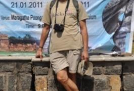 Житомирський художник представляє Україну в Індії