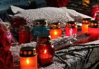 Житомиряни з лампадками вшанували Героїв Небесної Сотні