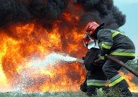На Житомирщині чоловік сам гасив пожежу