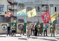 У Житомирі вшанували добровольчі батальйони та встановили жовто-блакитний прапор України