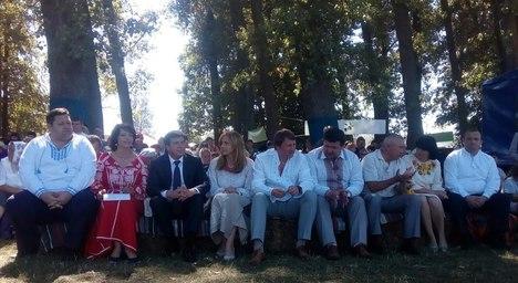 Ірина Костюшко організувала і провела Всеукраїнський фестиваль льону