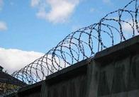 На Житомирщині чоловік намагався закинути на територію виправної колонії наркотик