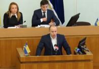 Заступники Сухомлина звітують перед депутатами