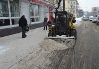 Від снігу Житомир вже чистять 14 одиниць техніки