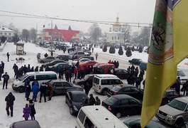 Через стрілянину у Олевську люди вийшли на вулиці. Фото