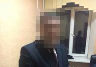 Чиновника ОДА, якого затримали за хабар, завтра звільнять