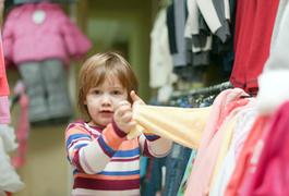 Що потрібно знати, обираючи дитячий одяг