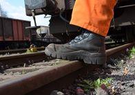 Укрзалізниця припинила перевезення на окуповану територію Донбасу