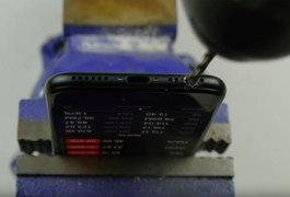Власники iPhone 7 свердлять дірки в гаджетах, щоб слухати музику