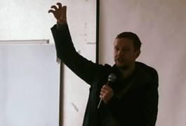Майкл Щур просвітив житомирян як спілкуватися з бюрократами