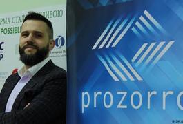 Чиновники та ProZorro, або хто не хоче добровільно економити на закупівлі