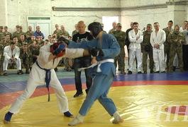 У Житомирі десантники провели Всеукраїнські змагання з рукопашного бою. Фото