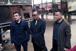 """Джордж Лі із китайського заводу """"Анкай"""" побував в цеху житомирського ТТУ. Фото"""