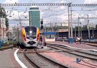 На травневі свята Укрзалізниця запустила додатковий поїзд до Польщі