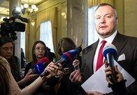 Порошенко позбавив громадянства депутата Артеменка