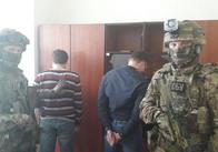 СБУ затримала на хабарі двох житомирських податківців. Фото