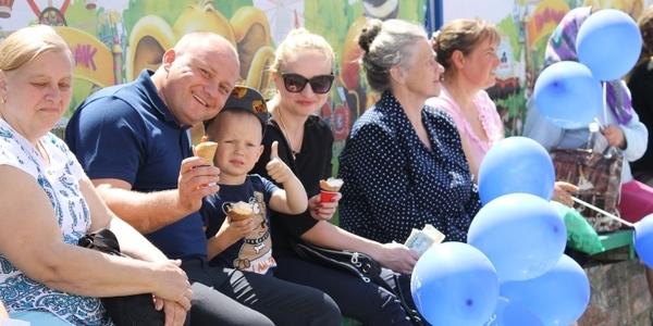 На Житомирщині під час свята діти з'їли 2 тонни морозива