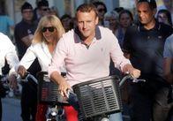 Партія Макрона здобуває впевнену перемогу на парламентських виборах у Франції