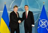 Інтеграція в НАТО - пріорітет національних інтересів України - Порошенко узаконив