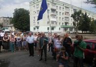 Декілька десятків людей вшанували річницю дня народження Олега Ольжича в Житомирі