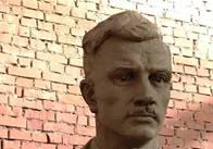 Житомиряни поїхали до Львова дивитись, як роблять пам'ятник Ольжичу. Фото