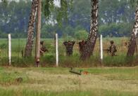 У Житомирській області поблизу військового об'єкта Повітряних сил ЗСУ затримали журналістів. Фото
