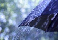 Після спеки: Житомирщину попереджають про недільні грози, град і шквал