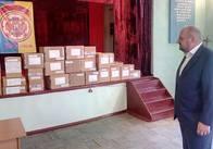 НардепРозенблат передав ліки 5-м житомирським лікарням та терцентру. Фото
