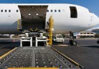 Вантажні авіаперевезення в світі за підсумками I півріччя зросли на 5,3%