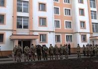 Скандали із квартирами та земельними ділянками для військових у Миколаєві, Житомирі: уряд пропонує новий підхід