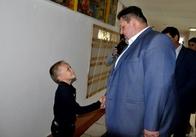 Житомирський губернатор подивився на ремонт школи, яка стала переможцем Всеукраїнського конкурсу. Фото