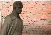 На Покрову до Житомира привезуть пам'ятник Ольжичу, але встановлять пізніше - Сухомлин