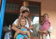 Завтра в суді чиновники продовжать намагатися забрати дітей з родини Светозари Батенькової