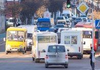 Бунт житомирських маршрутчиків: проїзд буде по чотири, але обмежили час для безкоштовного перевезення пільговиків. Уточнення