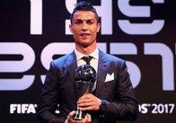 FIFA визнала Кріштіану Роналду найкращим футболістом року
