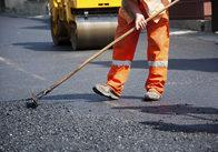 """""""Поперло"""": фірма дружини заступника мера отримала ще 4,6 мільйони на ремонт дороги у Житомирській області"""