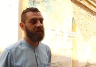 Житомирській художник із унікальною малярською технікою презентує художню виставку