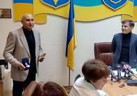 Житомирському художнику таки вручили відзнаку «За заслуги перед містом» ІІ ступеня