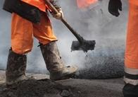 Київська фірма за 15 мільйонів полатає дорогу у Житомирській області