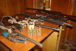 """У жовтні житомиряни добровільно здали декілька сот """"стволів"""". Фото"""