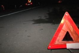 ДТП на Житомирщині: «Volkswagen Golf» протаранив припаркований «Nissan Navara» - у водія садини та струс мозку