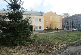 На перехресті Грушевського-Покровської у Житомирі знайшли підозрілий пакунок. Фото