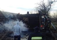 На півночі Житомирської області у власній хаті згорів чоловік. Фото